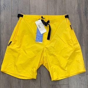 Henri Lloyd Men's Yellow Breeze Short (L)